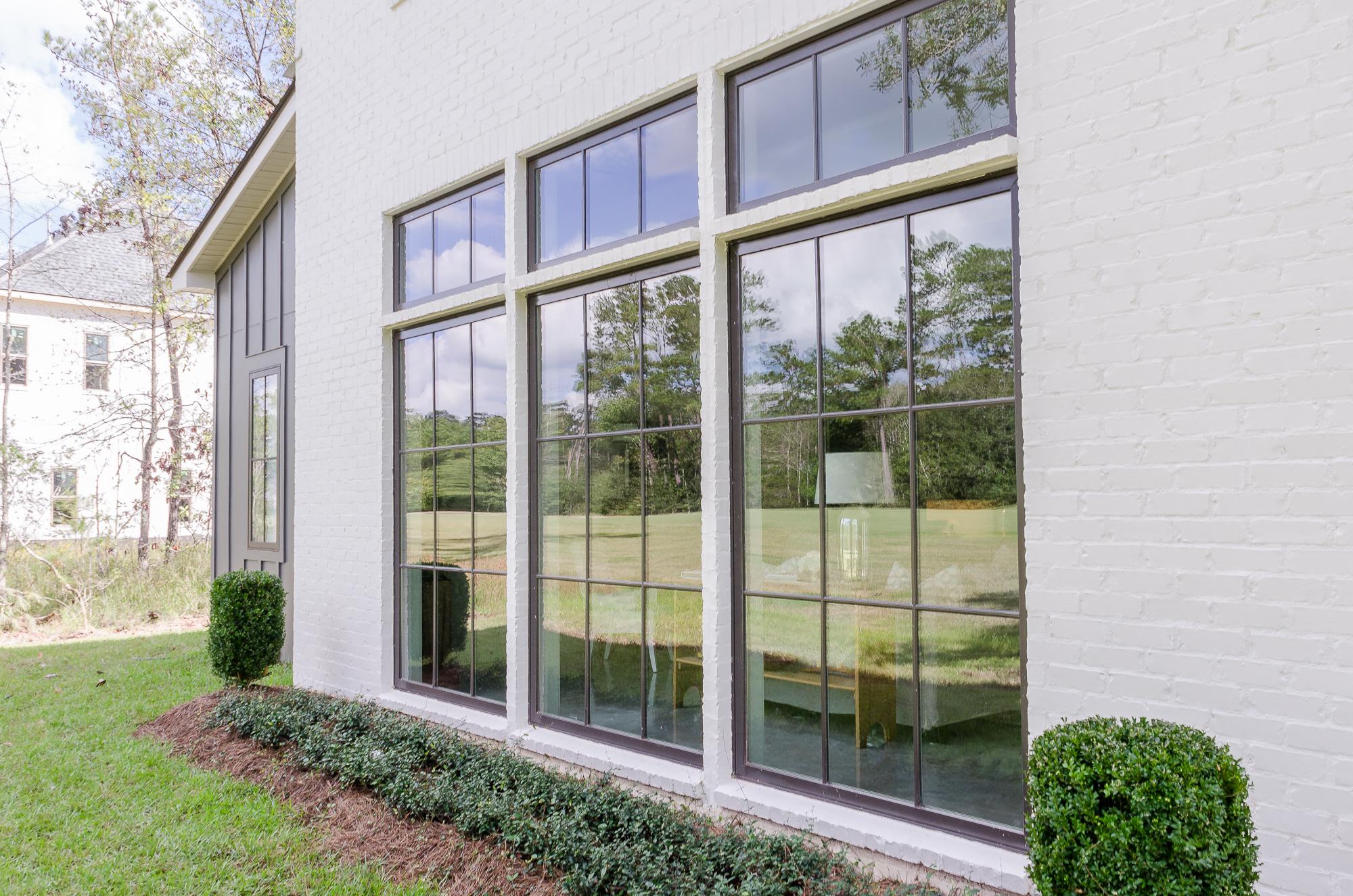 Jefferson Door - Doors, Windows, Moudling, Cabinets